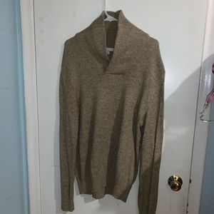 The Gap women's tan cowl neck sweater size large